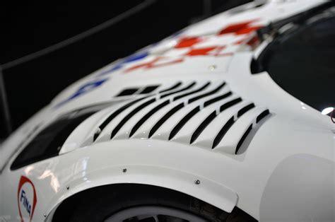 mclaren  gtr longtail race car detail photo air vent size    nr