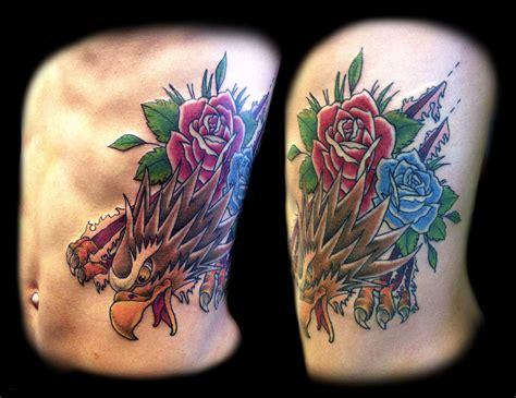 Tatouage Homme Flanc Aigle Et Roses