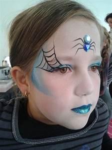 Maquillage Simple Enfant : coiffure halloween sorciere fille ~ Melissatoandfro.com Idées de Décoration