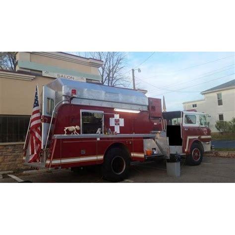 location camion cuisine location auto retro collection camion de pompiers