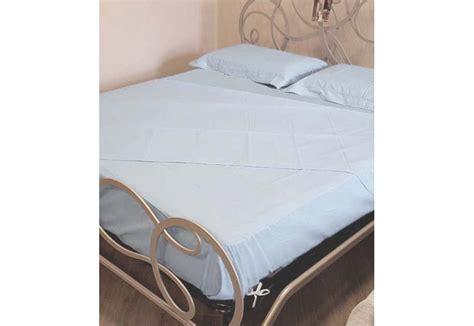 Set lenzuolo con angoli lenzuolo di sopra e federe cuscino in coppia. Set Lenzuola Matrimoniali Per Materasso 160X200 - Set letto boxspring MORBIDEZZA 160x200 tessuto ...