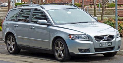 volvo    design sedan  turbo awd manual