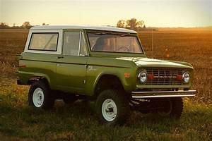 Ford-Licensed First-Generation Broncos | Uncrate | SPLURJJ