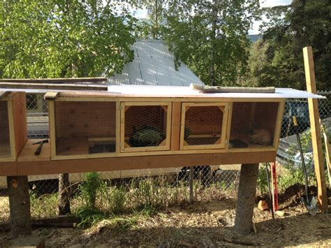 rabbit hutch cold weather plans winter mycasualhomestead homestead