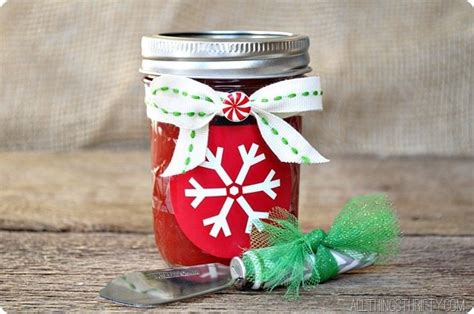 30+ Christmas Gift Ideas For Friends And Neighbors