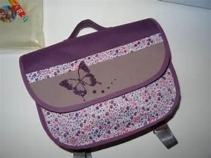 17 parasta ideaa cartable maternelle fille pinterestissa With tapis chambre bébé avec trousse scolaire fleur