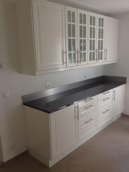 cuisine blanche et grise cuisine ikea bodbyn blanc réalisation cuisine ikea 78120 clairefontaine en yvelines