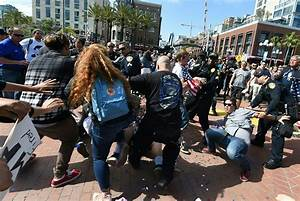 Photos–WAR: Donald Trump Protests in Fresno, San Diego Get ...
