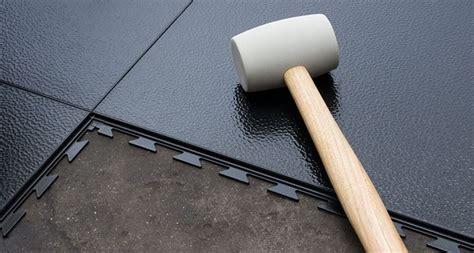 piastrelle per garage le piastrelle adesive rivestimenti piastrella