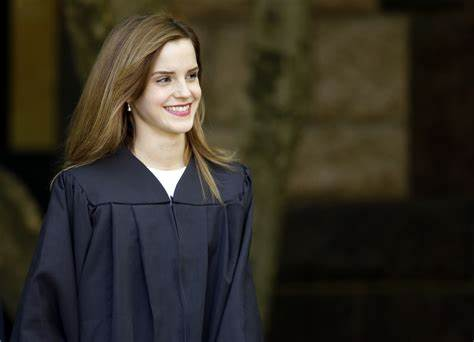 English Bystander With Bacholars Degree Emma Watson Graduates From Brown Classroom