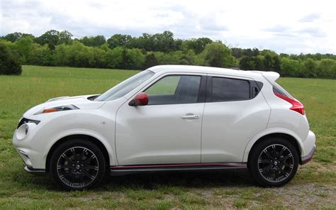 nissan white 2013 nissan juke nismo quick drive motor trend