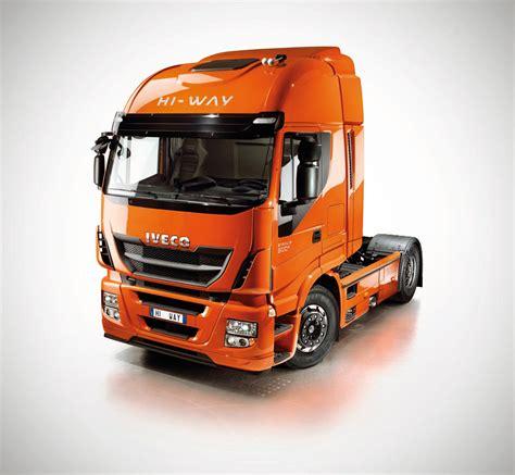 renault trucks si鑒e social iveco stralis hi way foto ufficiali pagina 2 veicoli commerciali industriali e ricreazionali autopareri