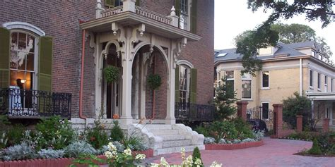 The Taylor Mansion Weddings