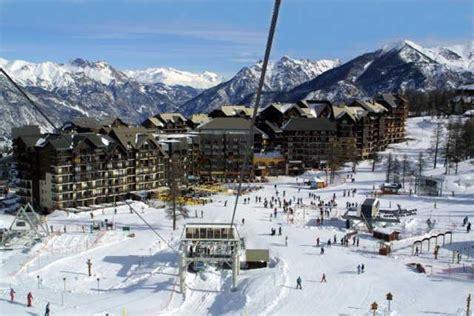 chalet les pleiades risoul location vacances ski risoul ski planet