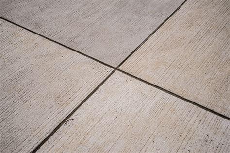 Beton Mit Beton Verbinden by Besenstrich F 252 R Betonfertigteile Beton Org