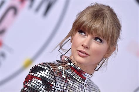 Where You Can Buy Taylor Swift's Lace Dress From Her ...