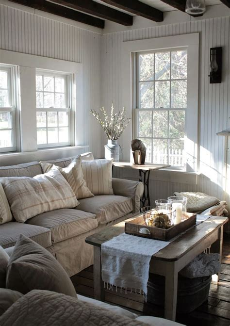 comfy farmhouse living room designs  steal digsdigs