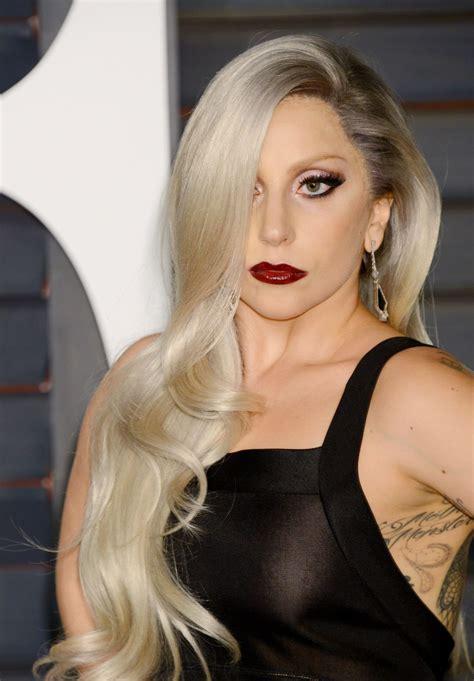 Lady Gaga At Vanity Fair Oscar Party - Celebzz - Celebzz