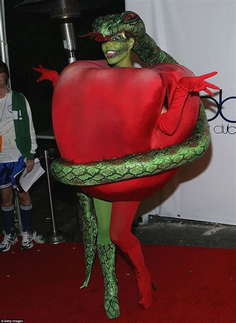 Heidi Klum Arrives Her Annual Halloween Party With Five