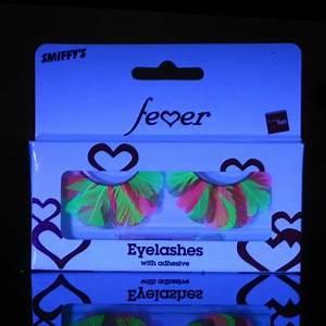 Neon Feather Eyelashes