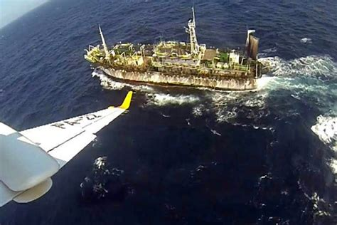 What S Fishing Boat In Spanish by Argentinian Forces Sink Chinese Boat Illegally Fishing In