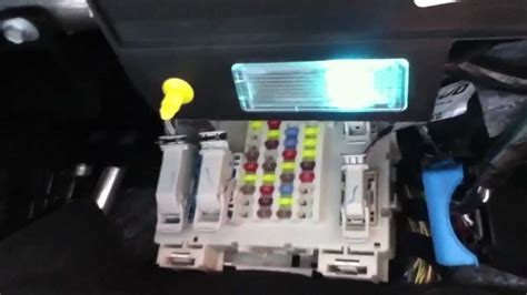 fuse box location    ford focus youtube
