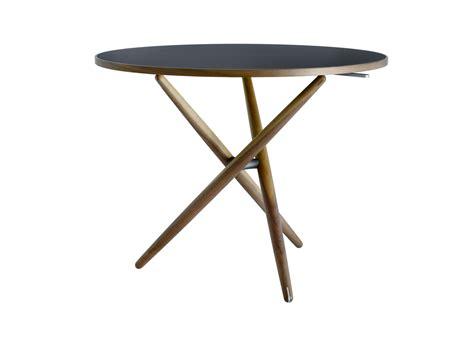Le Runder Tisch by Ess Tisch Horgenglarus