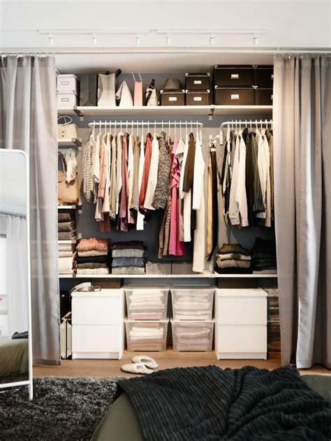 idee dressing chambre dressing avec rideau 25 propositions pratiques et jolies
