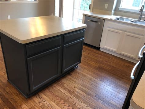 Island Kitchen Cabinet Painting by Painting Kitchen Cabinets 7 Popular Kitchen Cabinet Color
