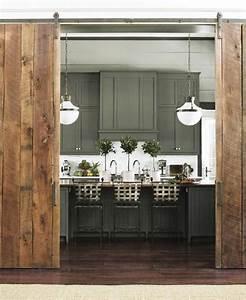 Wohnzimmertür Mit Glas : rustikale schiebet r aus holz f r traditionelle raumgestaltung ideen rund ums haus ~ Watch28wear.com Haus und Dekorationen