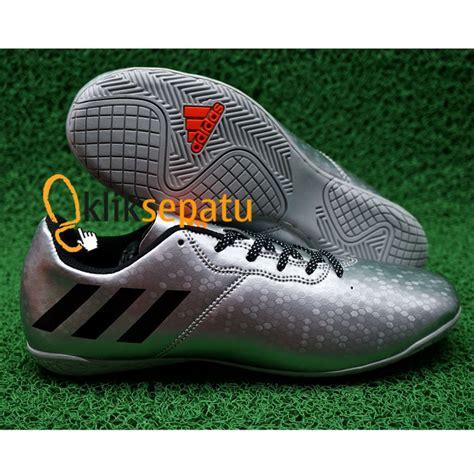 Sepatu Hak Ori jual sepatu futsal adidas messi 2017 grade ori silver