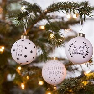 Christbaumkugeln Selber Gestalten : ber ideen zu weihnachtsbaumkugeln auf pinterest christbaumkugeln weihnachtskugeln und ~ Frokenaadalensverden.com Haus und Dekorationen