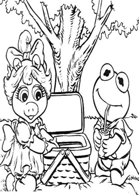 kermit  ms piggy picnic coloring page netart