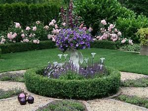 Gartenweg Anlegen Günstig : rosenbeet anlegen rosenbeet anlegen gartentr ume ~ Lizthompson.info Haus und Dekorationen