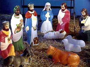 alternative nativity scenes pee wee39s blog With outdoor light up nativity sets for sale