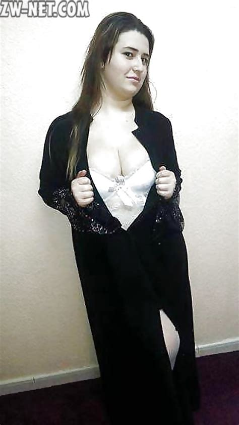 سكس سوري الشرموطة ديانا بأحلى فخاد بيضاء وبزاز قشطة عرب ميلف