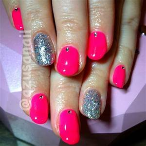 neon pink nails Nail Art Gallery