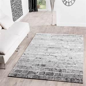 teppich beige grau haus renovieren With balkon teppich mit tapete alte wand optik