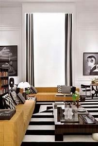 salon noir et blanc aux accents de luxe en ocre la casa cor With tapis chambre enfant avec cor canapé