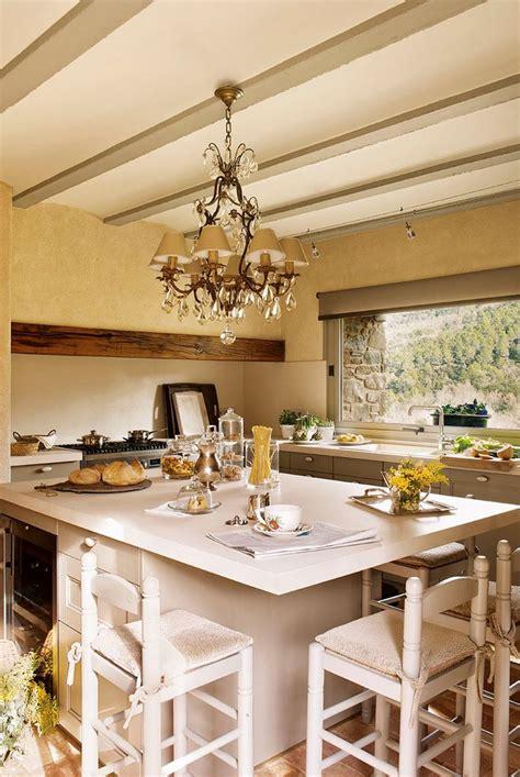 modern villa  spain  values   century