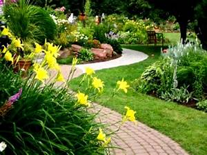 95+ Landscaping Ideas On A Tight Budget - DIY Small