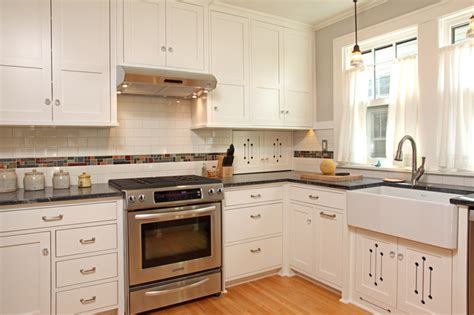 pictures of kitchens with cabinets 100 square foot kitchen remodel craftsman kitchen 9118