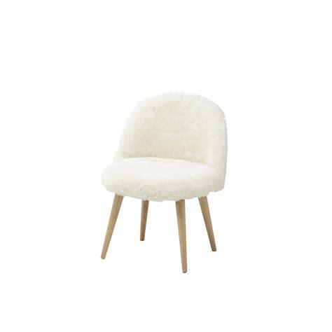 chaise fourrure chaise vintage enfant en fausse fourrure ivoire mauricette