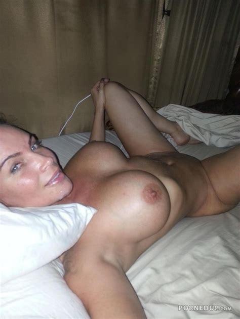 Brunette Milf In Lingerie Porned Up Naked College Girls