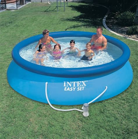 piscine gonflable de jardin