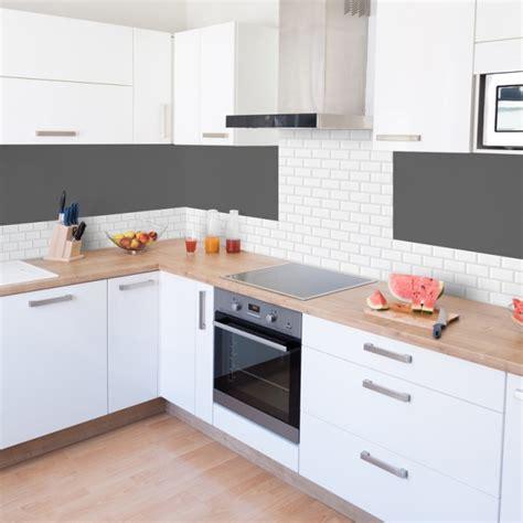 credence cuisine carrelage metro crédence de cuisine adhésive en aluminium effet carrelage