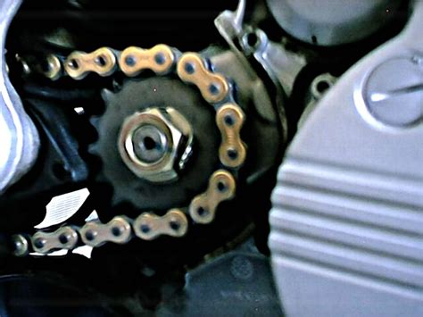 Changing F650 Chain And Sprockets