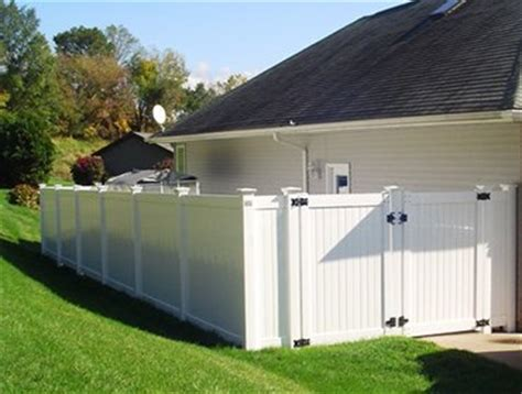 Backyard Fence Company by Yard Fence Of Nashville Fence Contractor Local