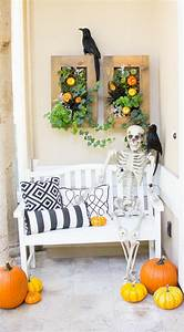 50  Halloween Front Porch Decorations