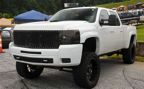 2013 Lifted Chevrolet Silverado   Off Road Wheels